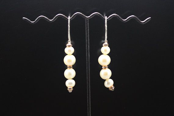 1pairje-0468  sterling silver earrings with fresh water by 3yes