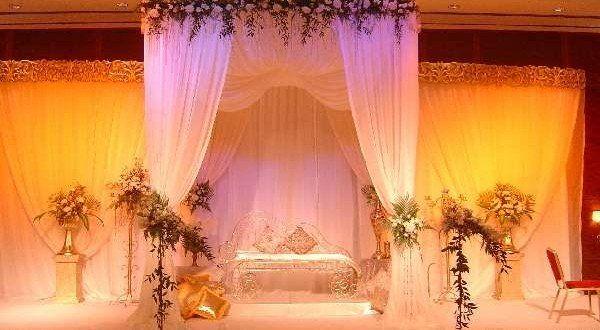 كوش افراح بالصور تصميمات واشكال كوشات الأفراح ميكساتك Tent Wedding Lights Wedding Decor Wedding Stage