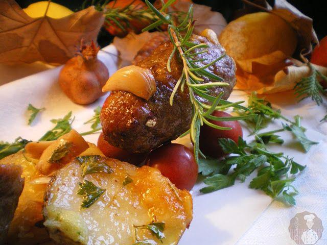 """""""Ovillo"""" de carne relleno de pimiento con queso"""