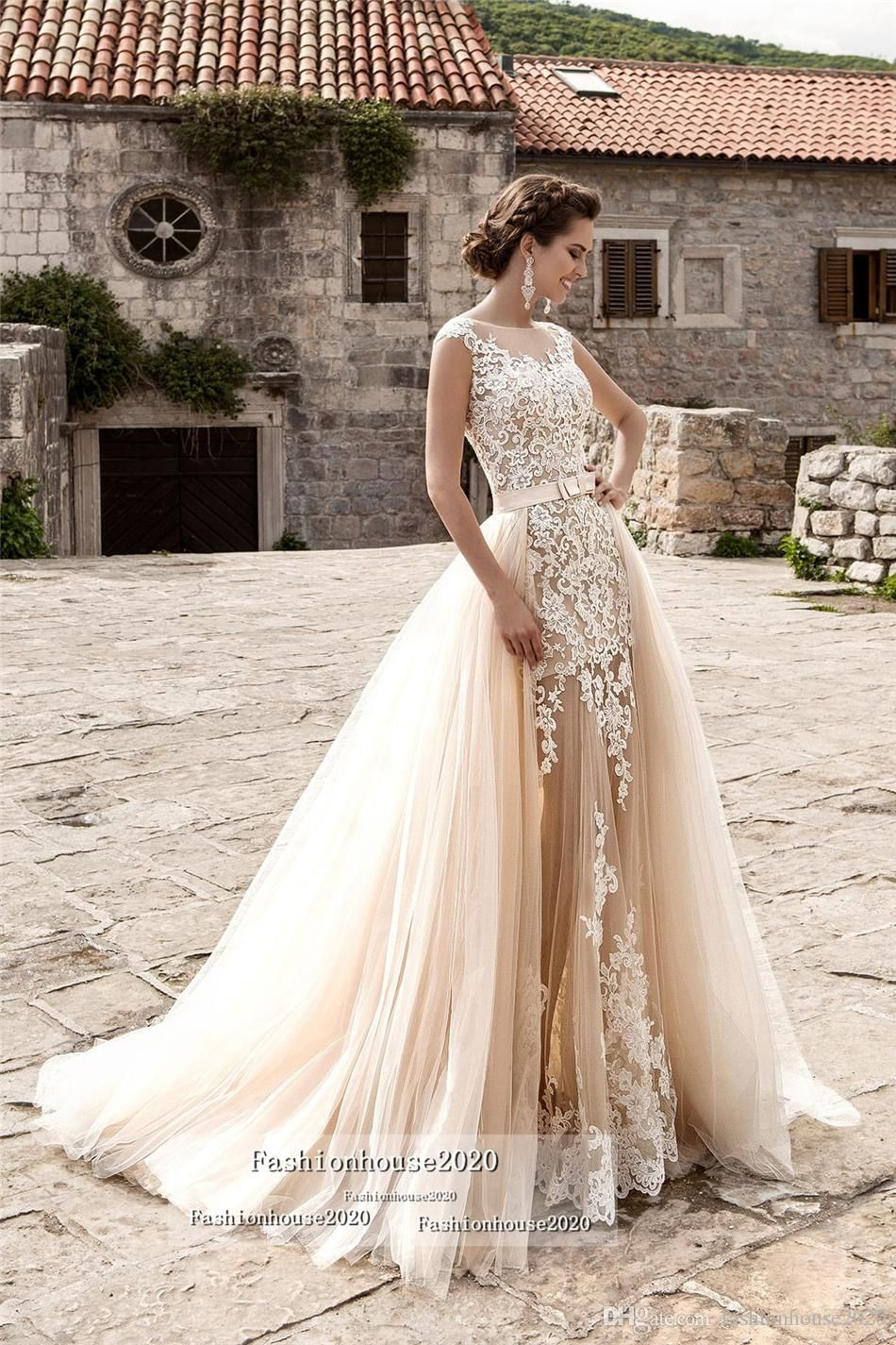 Champagne Lace Beach Wedding Dresses With Detachable Train