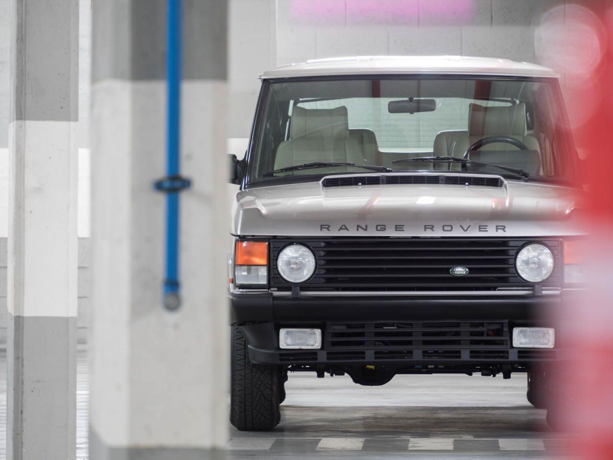 1994 Range Rover 3.9 V8 2-Door = Zenith Adventuremobile. And it won't break your bank account, either.