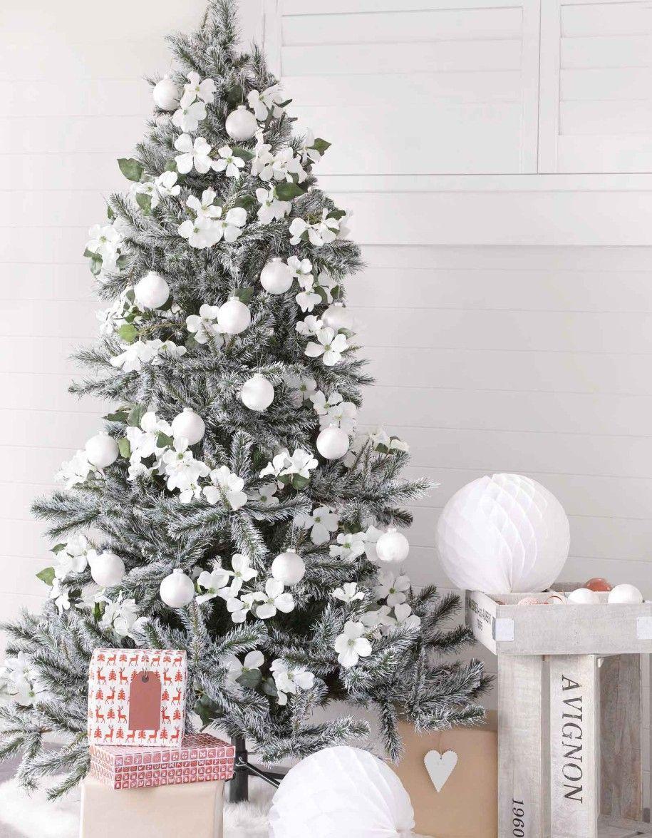 27+ White christmas tree decorations 2019 info