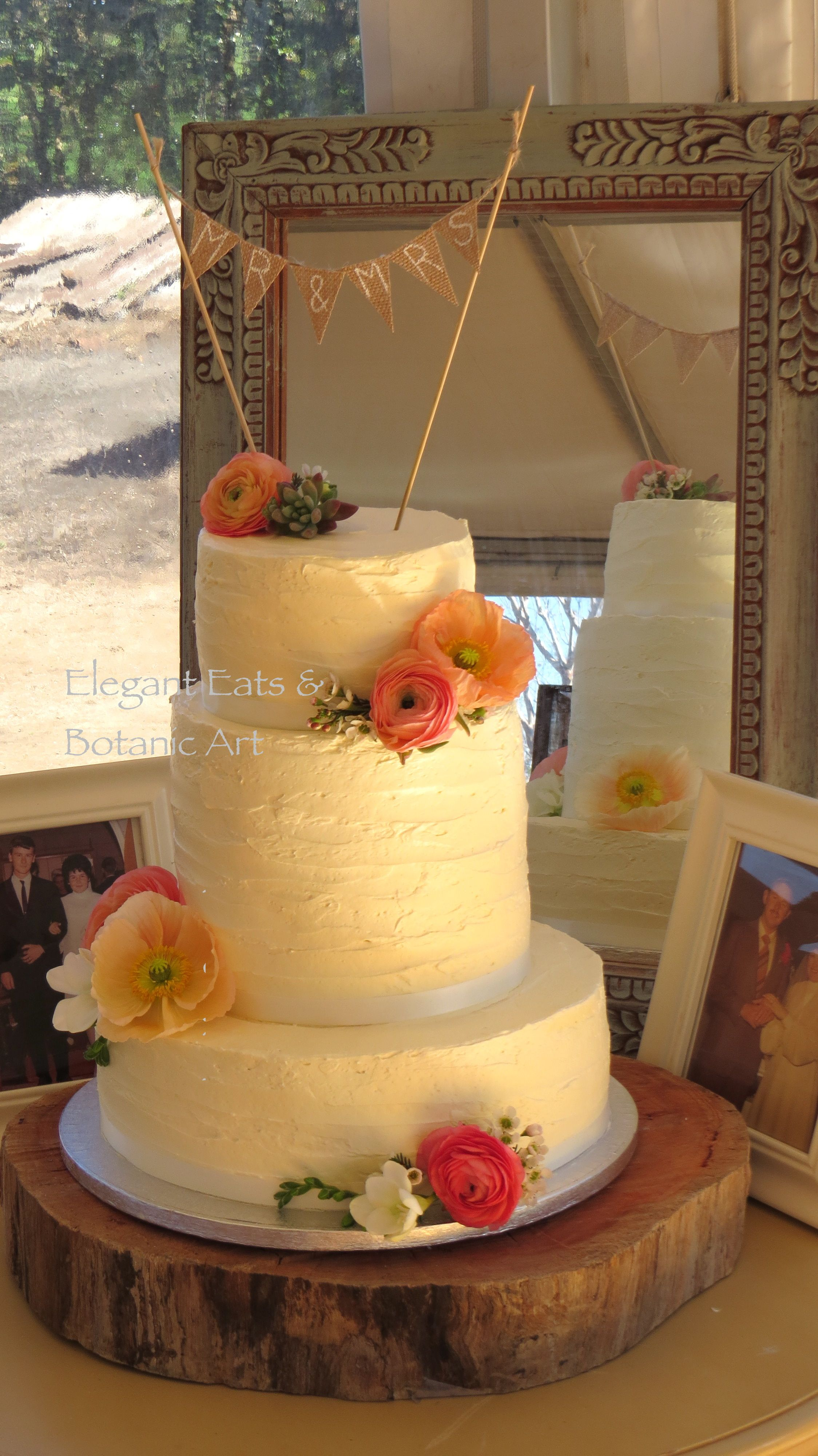 3 tier #butter icing #poppies #bunting Fresh flowers on the cake ...