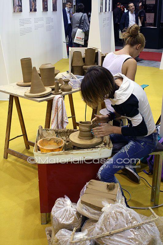 Le Ragazze Del Liceo Artistico Di Caltagirone A Made 4 Ceramics Ci