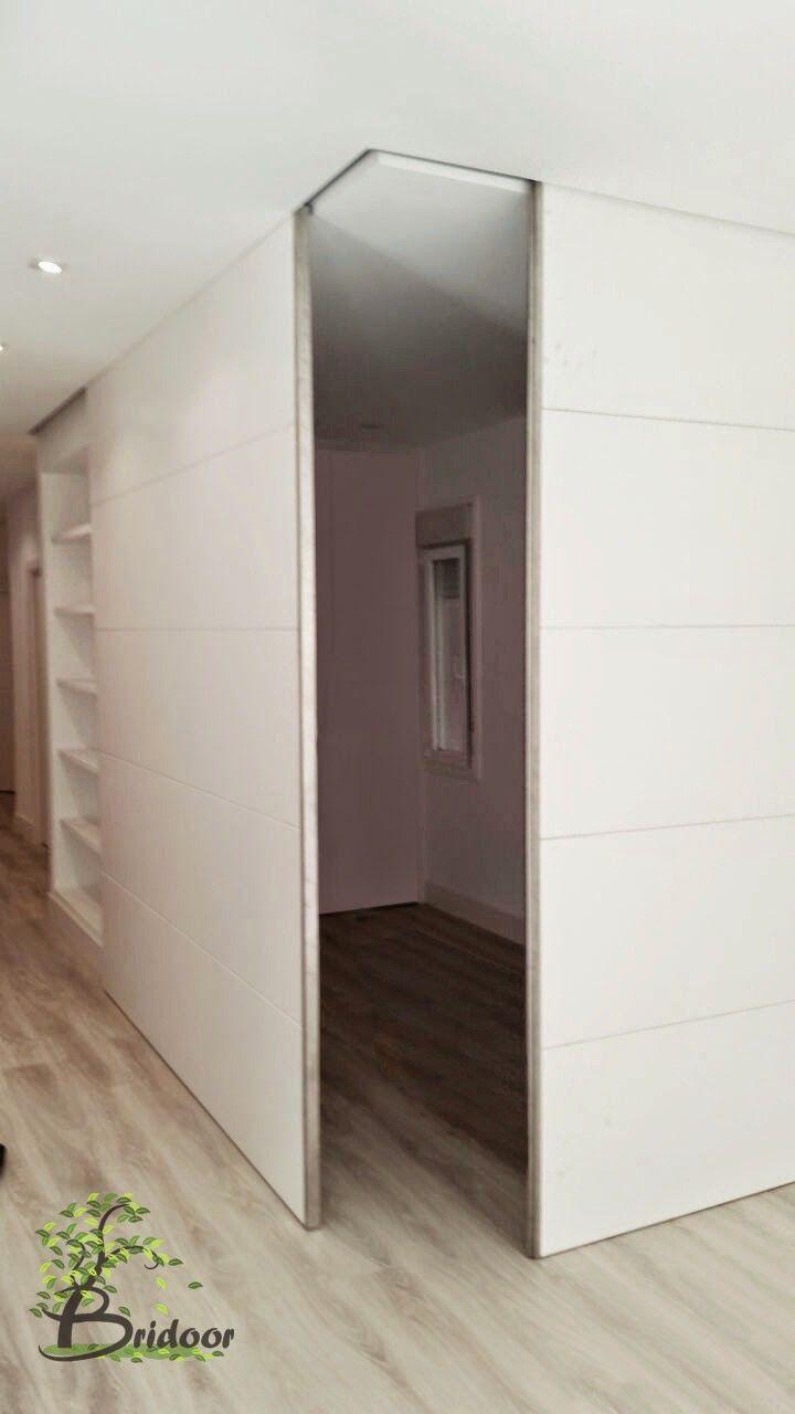 Vivienda con Paneles correderos, madera lacada http://bridoor ...