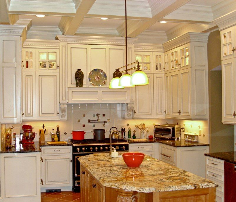 Can White Kitchen Cabinets Be Repainted: Off+white+kitchen+cabinets