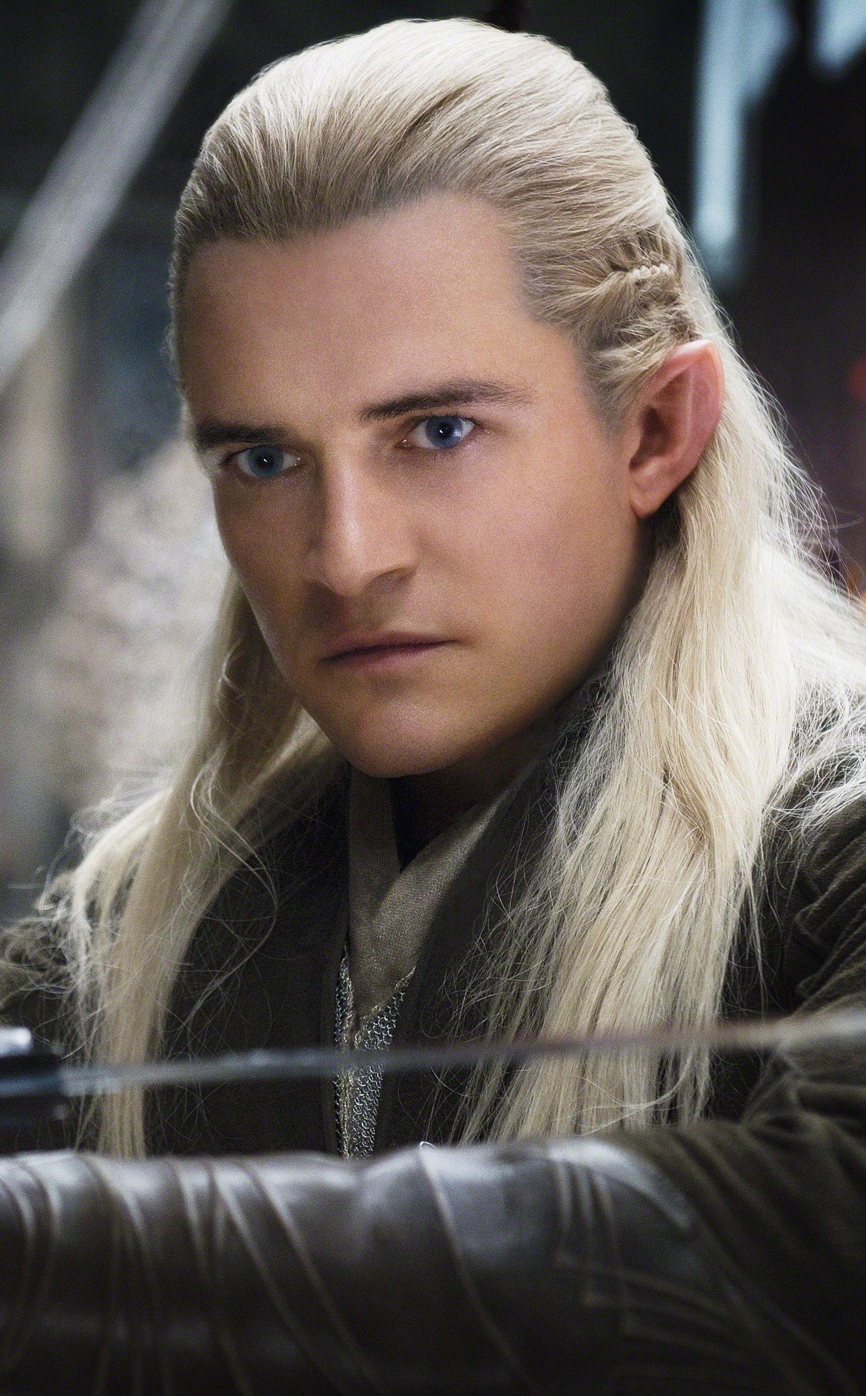 Pin By Bruna Santos On Men My Absolute Fab Crushes The Hobbit Grey Hair Men Legolas