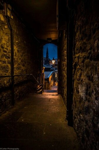 Advocates Close most haunted place in Scotland