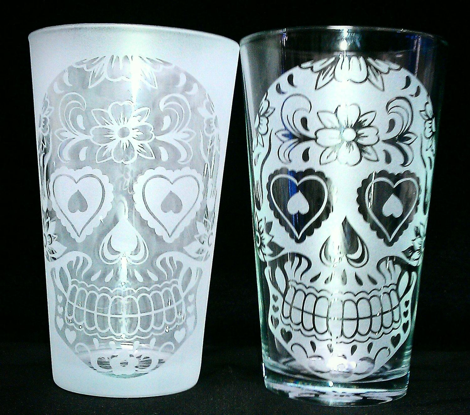 Sugar Skull Flower & Heart Drinking Glass | Sugar skulls