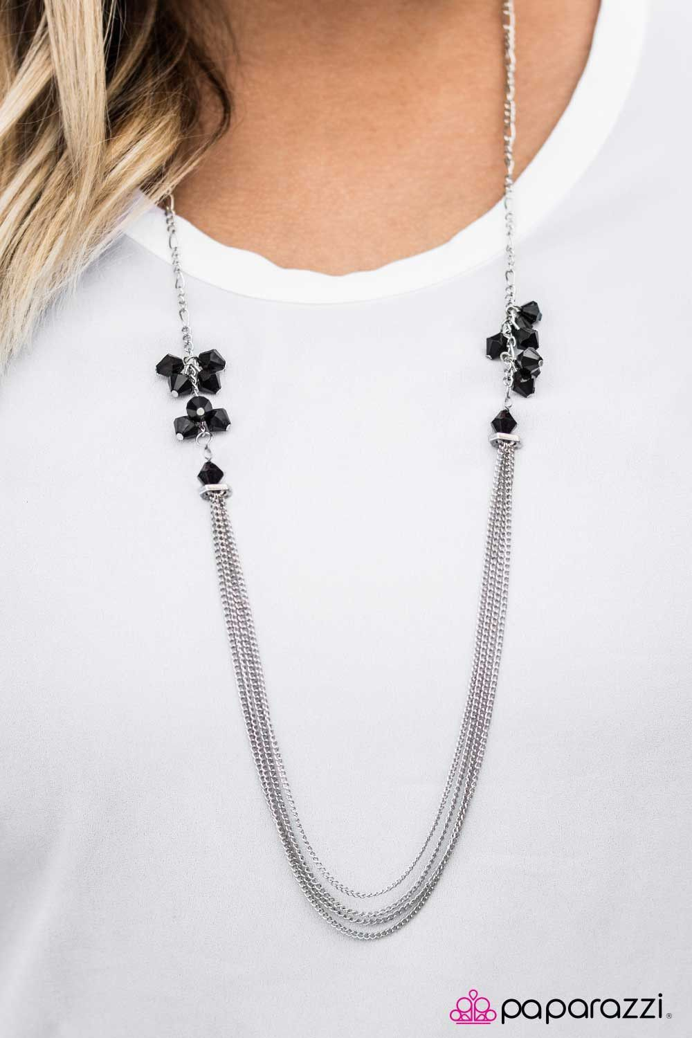 Movin and Groovin Black Necklace