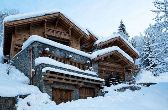 Casa rural de madera en la nieve caba as casas rurales - Casa rural de madera ...