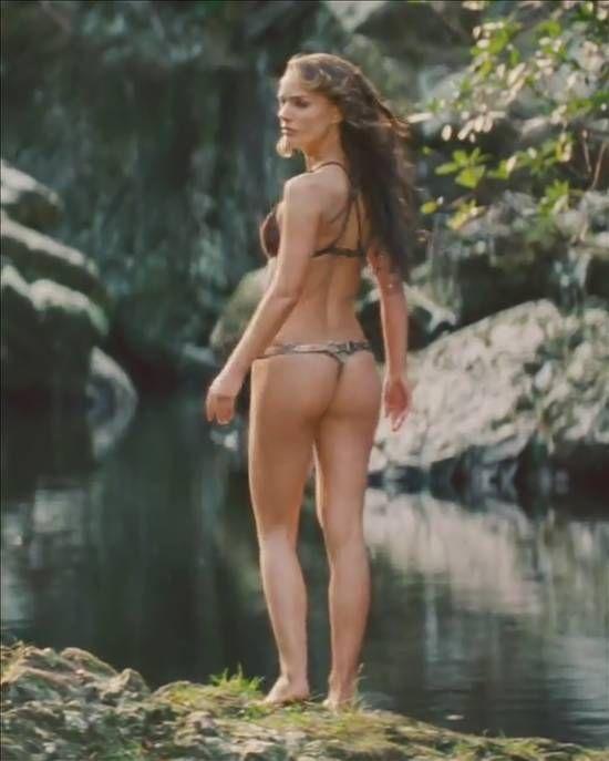 Nataile portman bikini