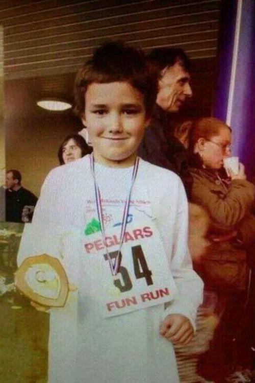 Little Liam.. ❤️ | Liam payne, Liam james, Fun run texto one direction