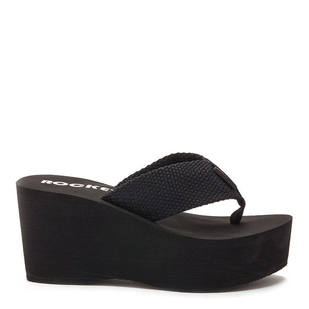 ef4682a1 Wear these classic Rocket Dog Crush black webbing platform flip flops with  any outfit. - Sandal With Woven Synthetic Upper On Eva Platform Bottom - 3