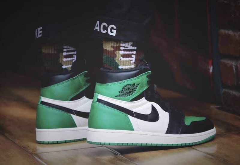 64d22fe7a81 Air Jordan 1 Retro High OG Pine Green Shoes 555088 302 On Feet Image -  AnpKick