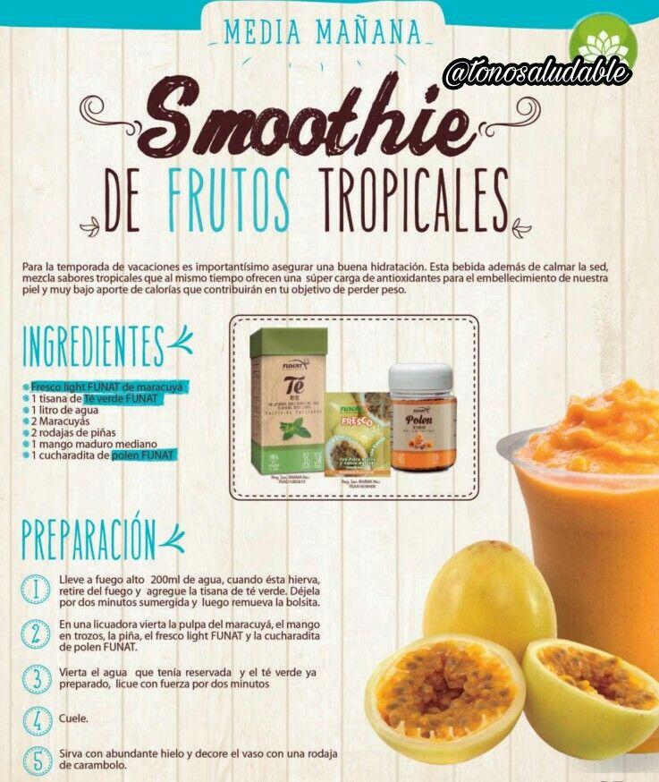 rico smothie de frutos tropicales para merendar