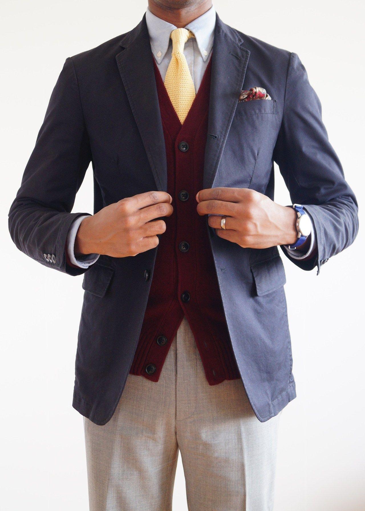 Navy sport coat, light blue OCBD, yellow tie, light grey
