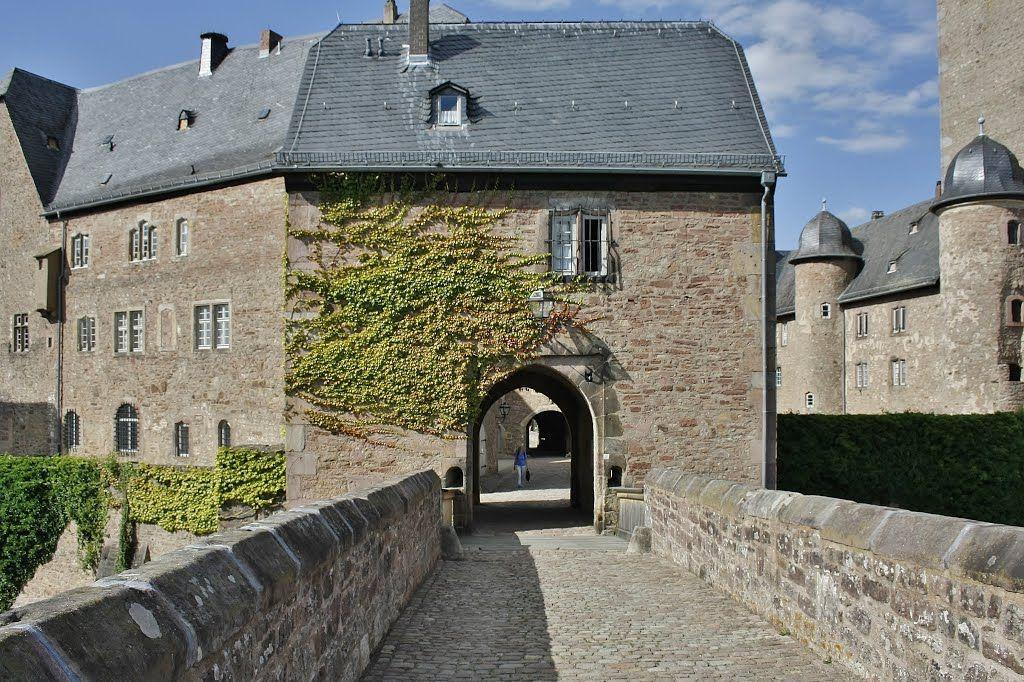 Steinau An Der Strasse Steinau An Der Strasse Schloss Steinau Sudtor