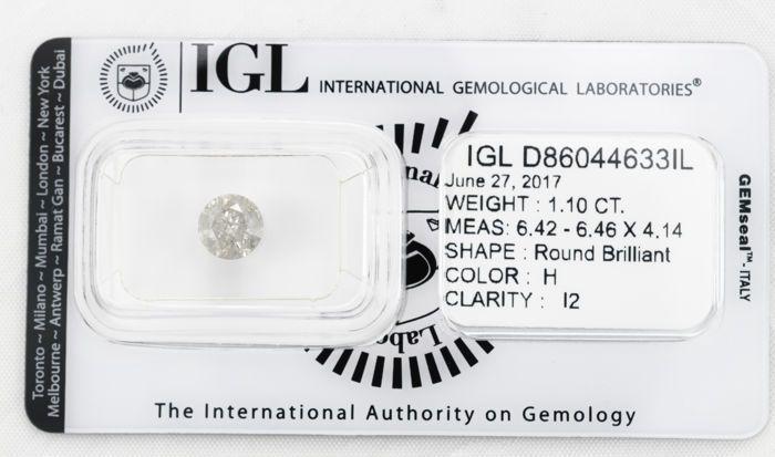 1.10 ct briljant cut diamond H I2  IGL verslag geen. D86044633IL 27 juni 2017Verslag van de diamantVorm en snijden stijl ronde briljantMaten 642-6.46 X 4.14 mmSorteren van resultaten - IGL 4CsKaraat gewicht 1.10 karaatKleur leerjaar HDuidelijkheid Grade I2Grade uitstekende knippenAanvullende kenmerken voor sorteringPools uitstekendeSymmetrie uitstekendeGordel iets dikFluorescentie zwakDeze steen is volledig ingedeeld door IGL maar het papier certificaat is niet opgenomen in de verzending en…