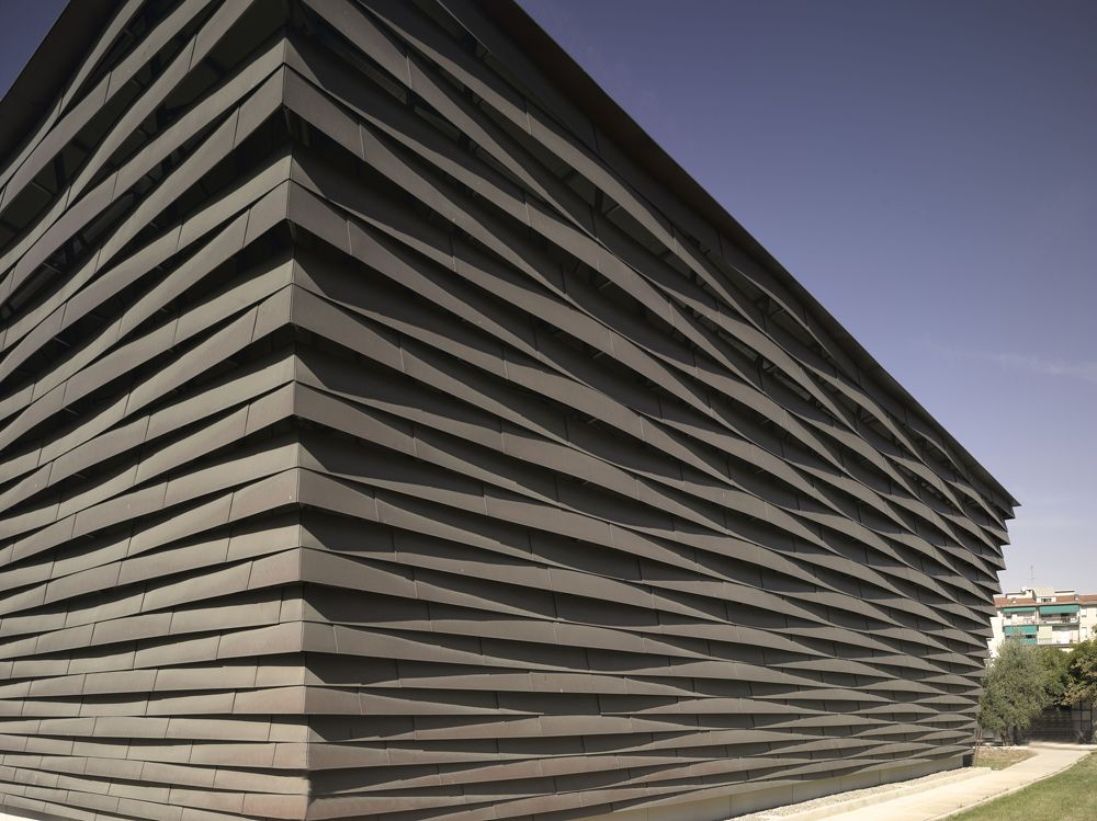 La Fonte Gymnasium by Fabio Capanni Workshop.