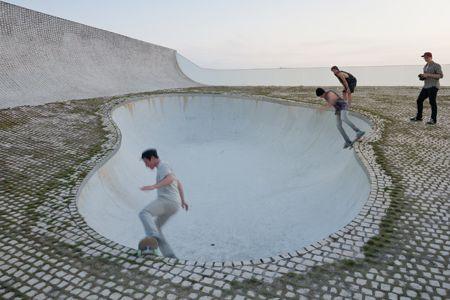 DUH YES. Steven Holl Architects' Cité de l'Océan et du Surf. Photo by Iwan Baan.