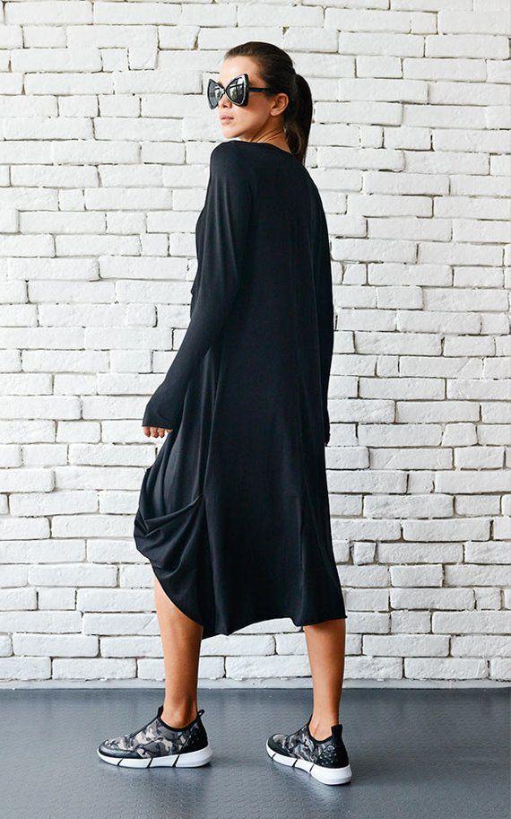 20 % Rabatt auf hochwertige schwarze Maxi-Kleid ...