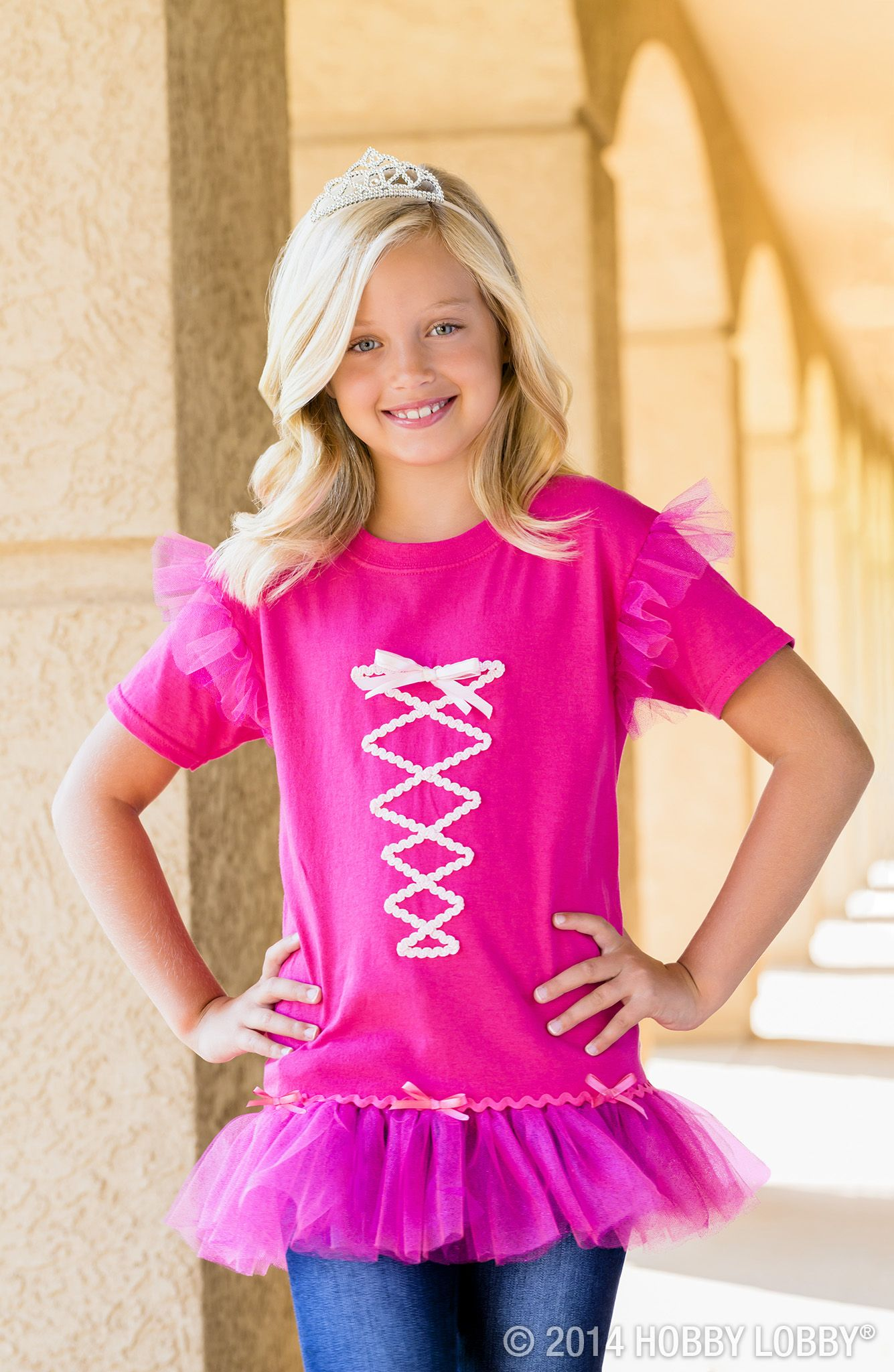 Trick or treat! Turn a plain tshirt into an exciting