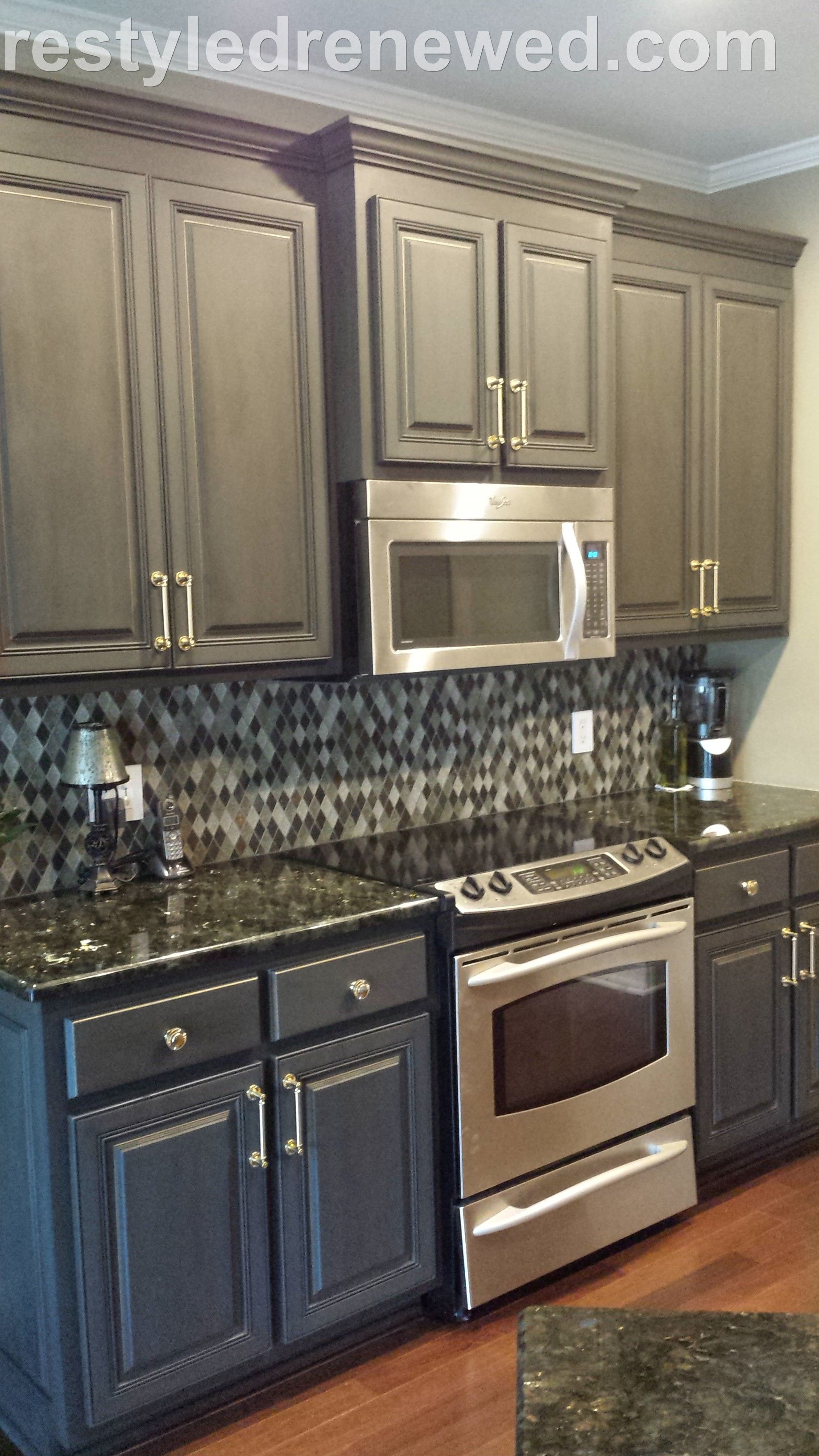 Cabinets Annie Sloan Chalk Paint In Graphite Dark Wax I Added A Gold Edging We Installed This New Br Hardware
