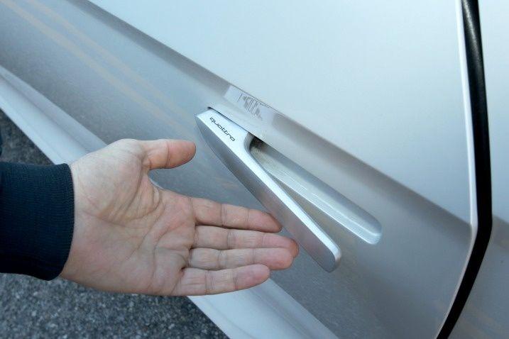 2010 Audi Quattro Concept Door Handles Extend Via A Proximity