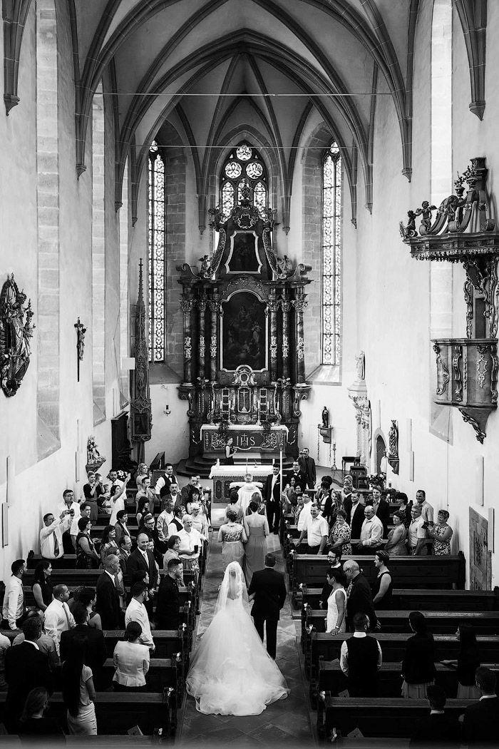 Reihenfolge Beim Einzug Zum Altar Hochzeit Kirche Fotos Hochzeit Hochzeit Fotografieren