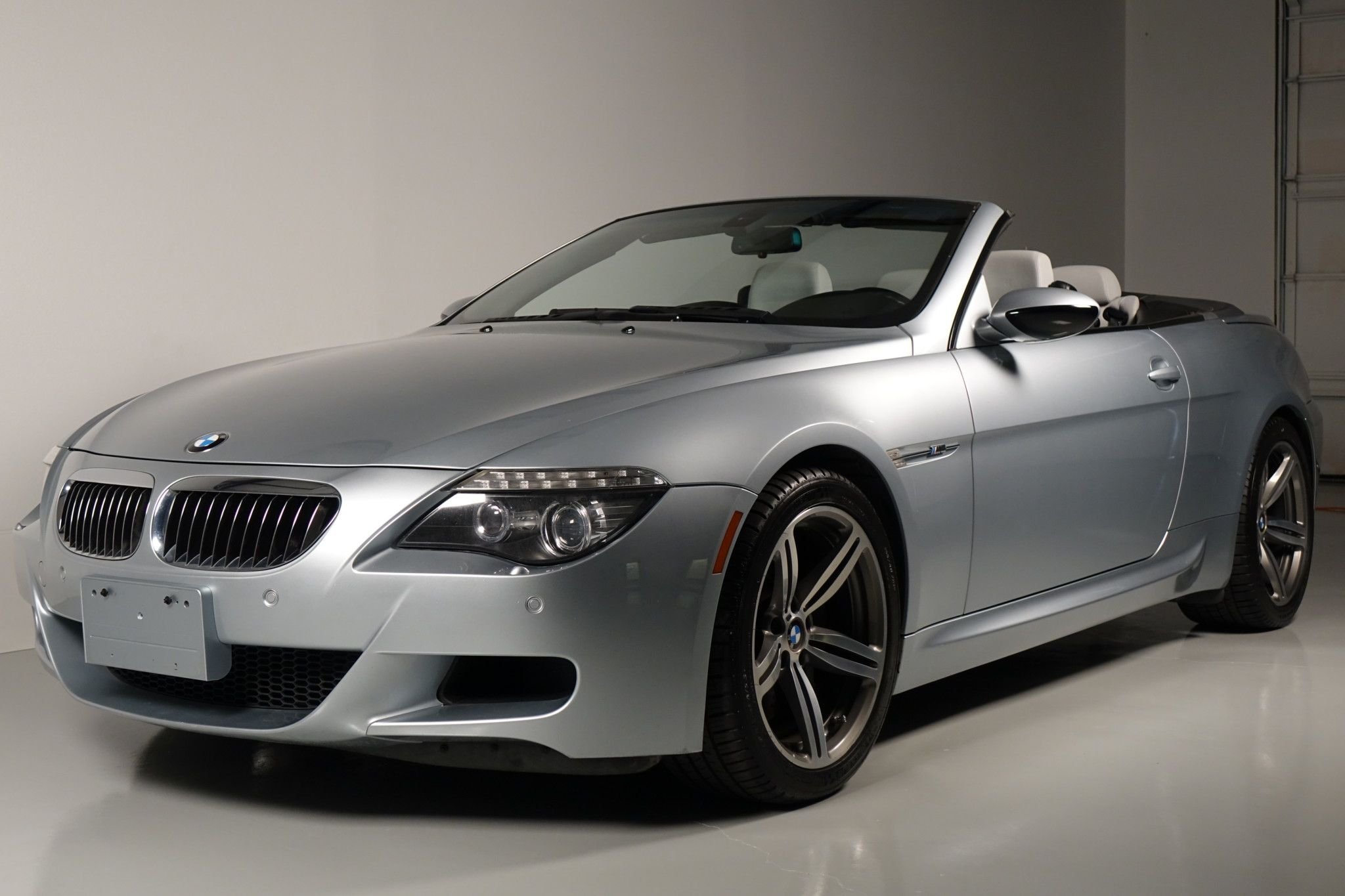 BMW 3 Series Convertible Drop the top, punch the