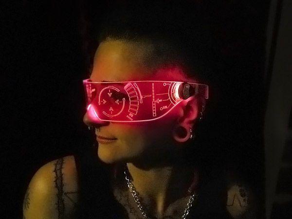 J.A.R.V.I.S. inspired visor. - http://noveltystreet.com/item/12015/