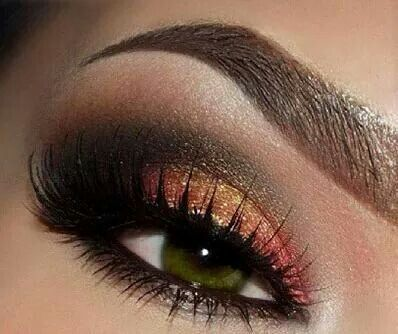 Rose Gold Smokey eyes -  bright glitter