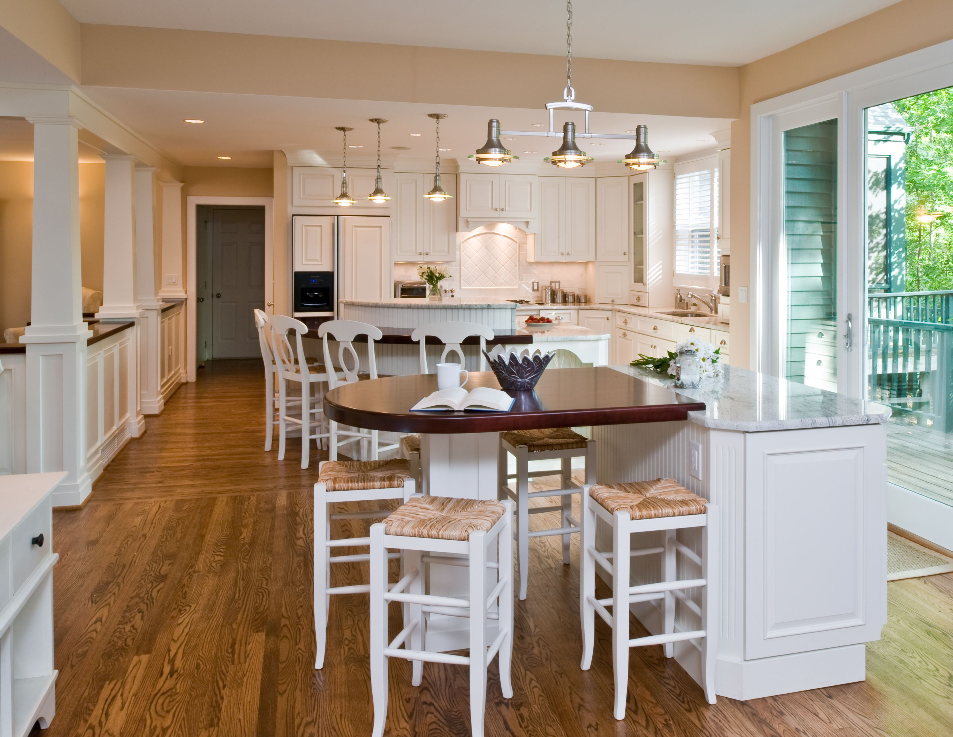 Explore Traditional Kitchen Accent Pieceore