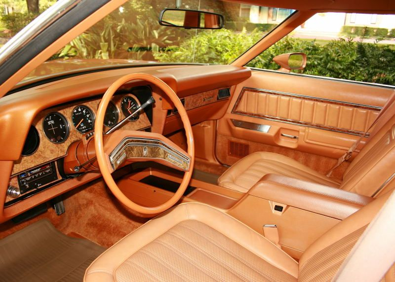 1977 Ford Thunderbird Maintenance Restoration Of Old Vintage Vehicles The Material For New Cogs Casters Gears Pa Thunderbird Car Car Interior Ford Thunderbird