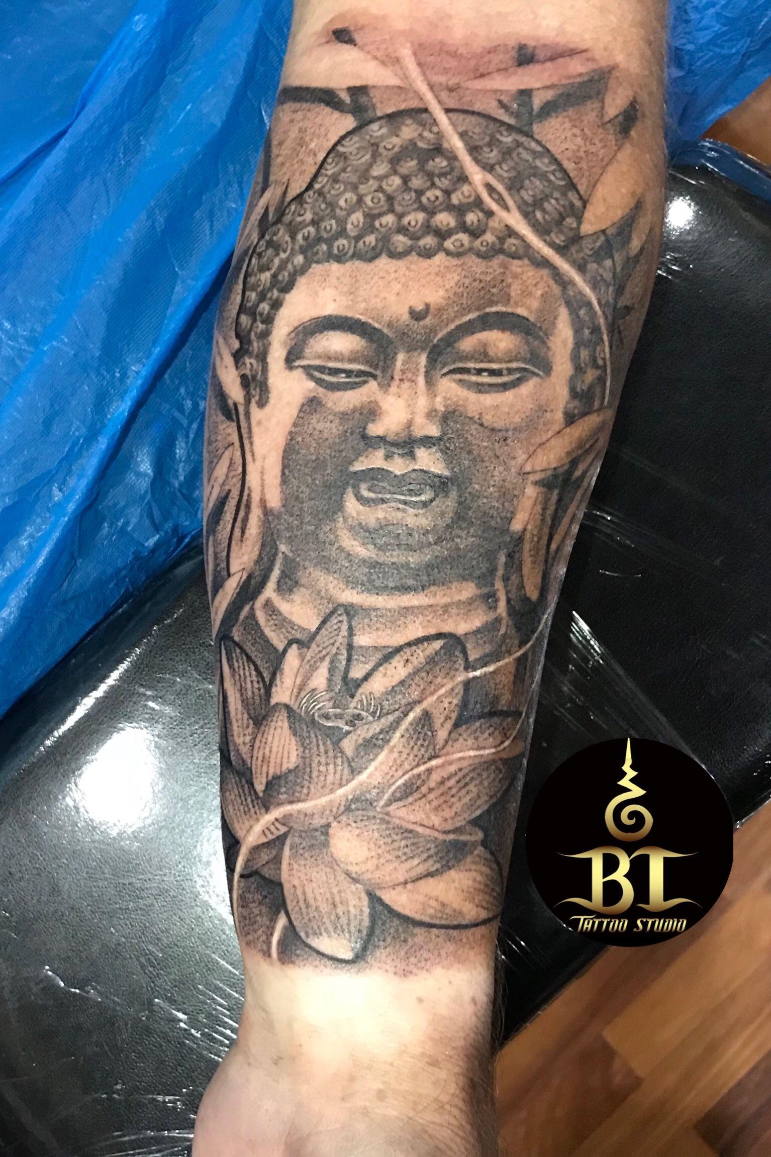 Henna Tattoo In Bangkok: E Done Buddha Tattoo By Ya(www.bt-tattoo.com) #bttattoo