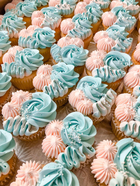 Gender Reveal Cupcakes Gender Reveal Cupcakes Gender Reveal Cookies Baby Reveal Cupcakes