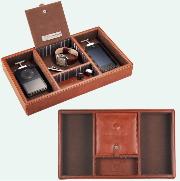 Cutter Buck Legacy Valet Station 60 30 89 This Rich And Elegant Desktop Charging Is A Modern Take On Clic Leather