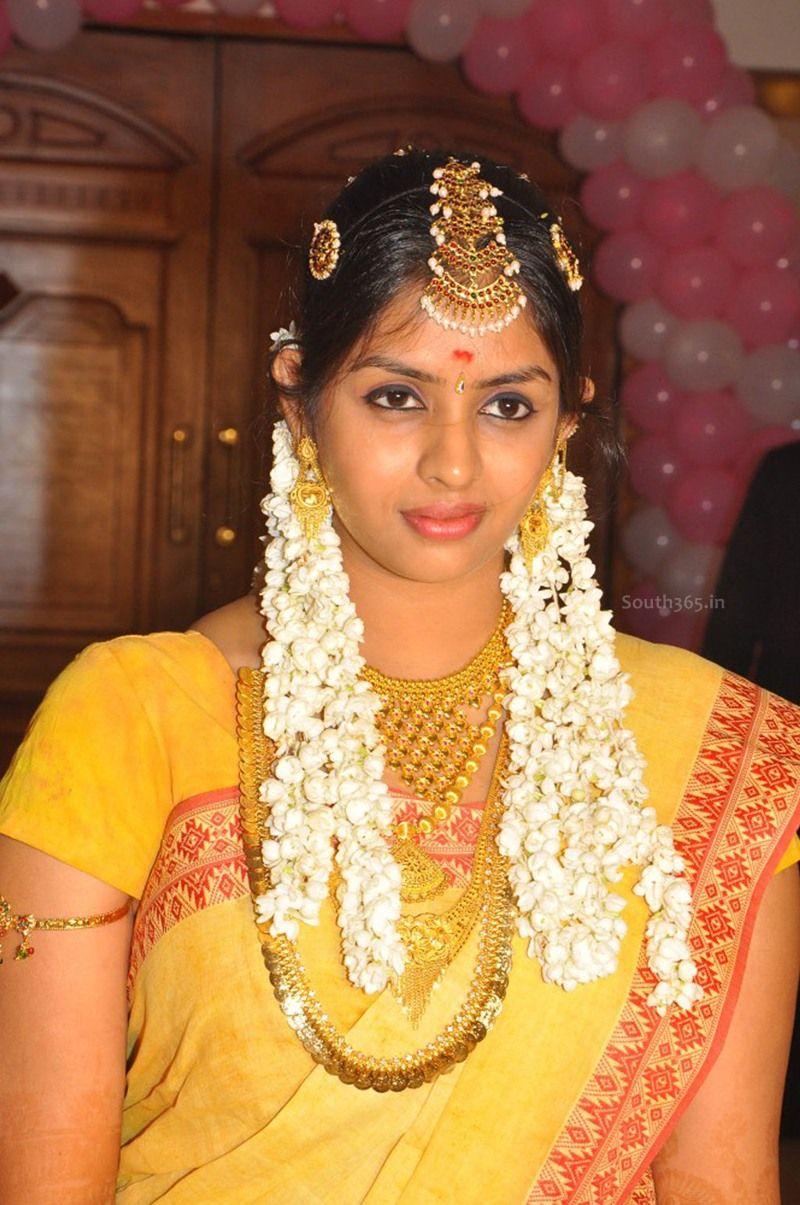 Jothi Krishna Wedding Pics (2) at Beautiful Wife Of Director Jyothi ... for Jyothi Krishna Director  45ifm