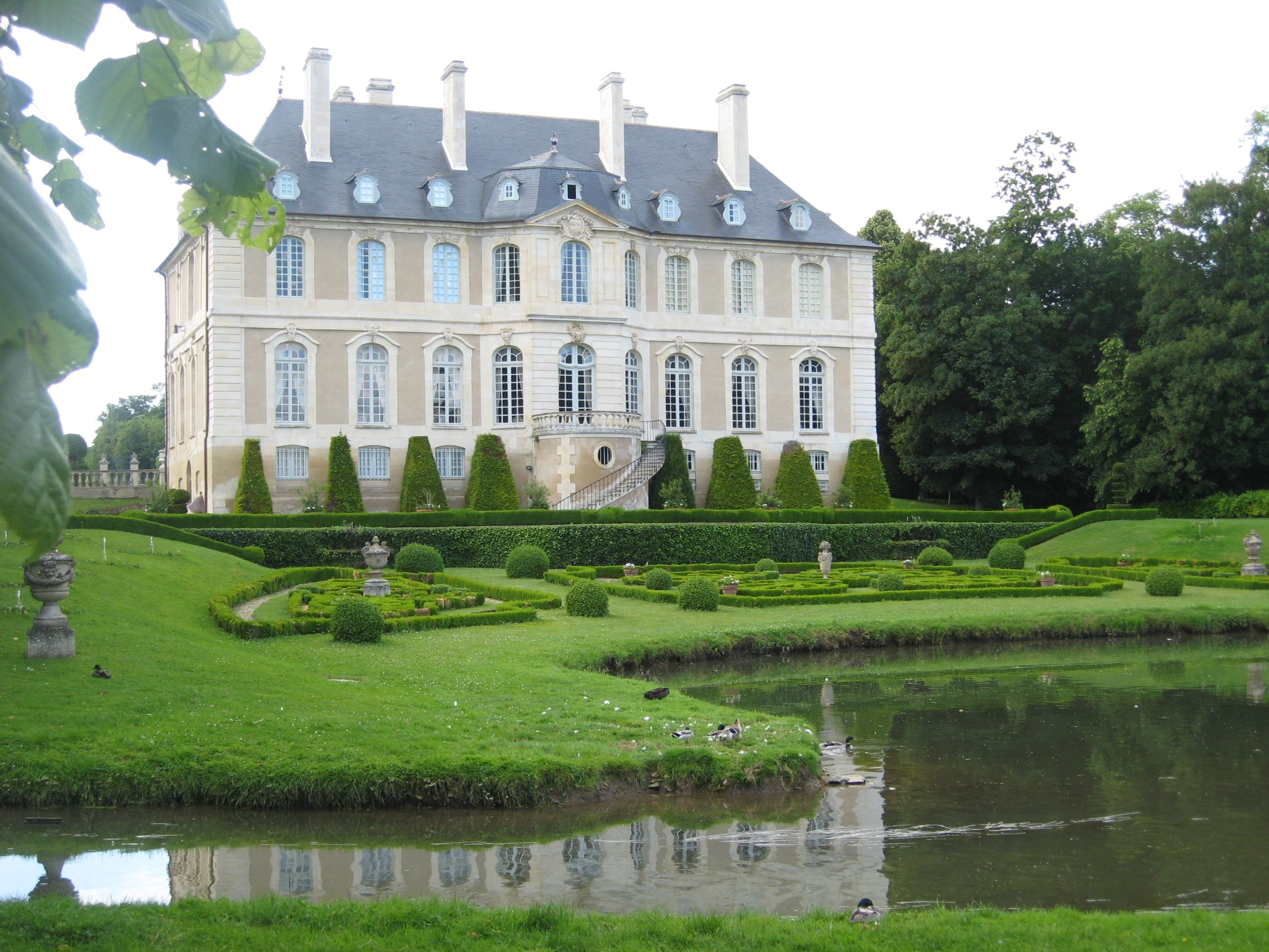 Ch teau de vendeuvre manor houses castles more for French manor house