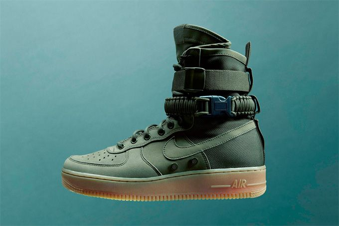 Nike Special Field Air Force 1 'Black & Gum Light Brown
