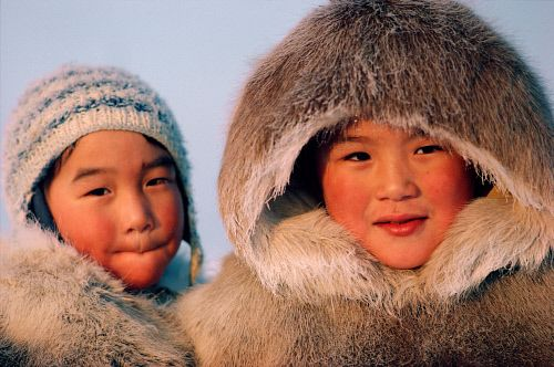 Inuit children in traditional caribou clothing. | Inuit ...