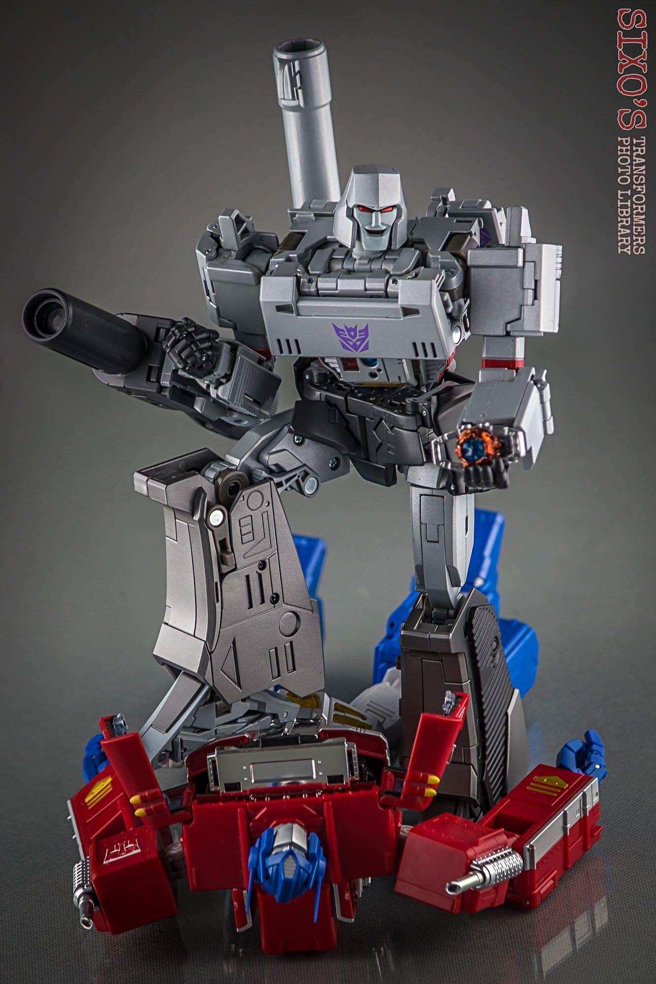 Megatron Vs Optimus Prime Transformers Masterpiece Transformers Transformers Collection