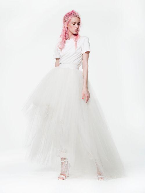 Latest NYC Fashion - Modern Bridal Gowns | Unique Wedding Dresses ...