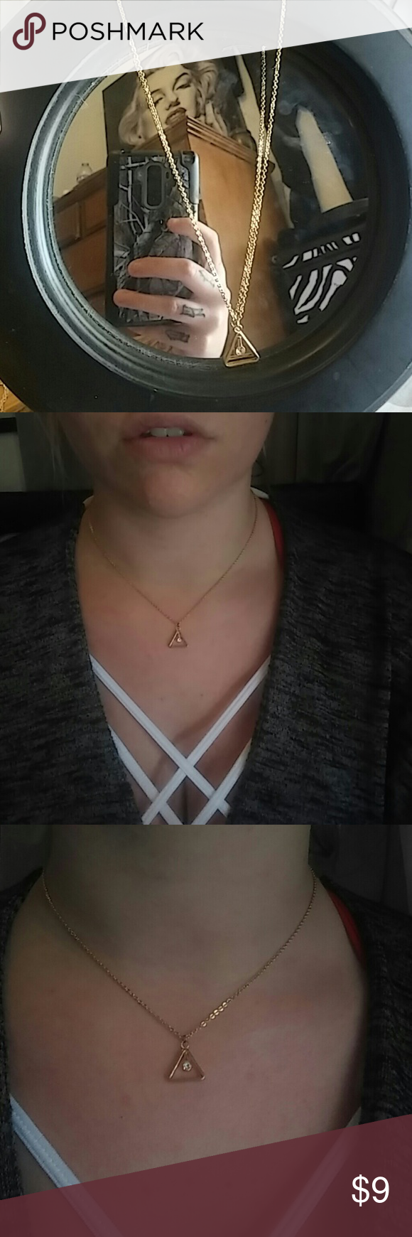 Necklace Gold, triangle with jewel in the center Jewelry Necklaces