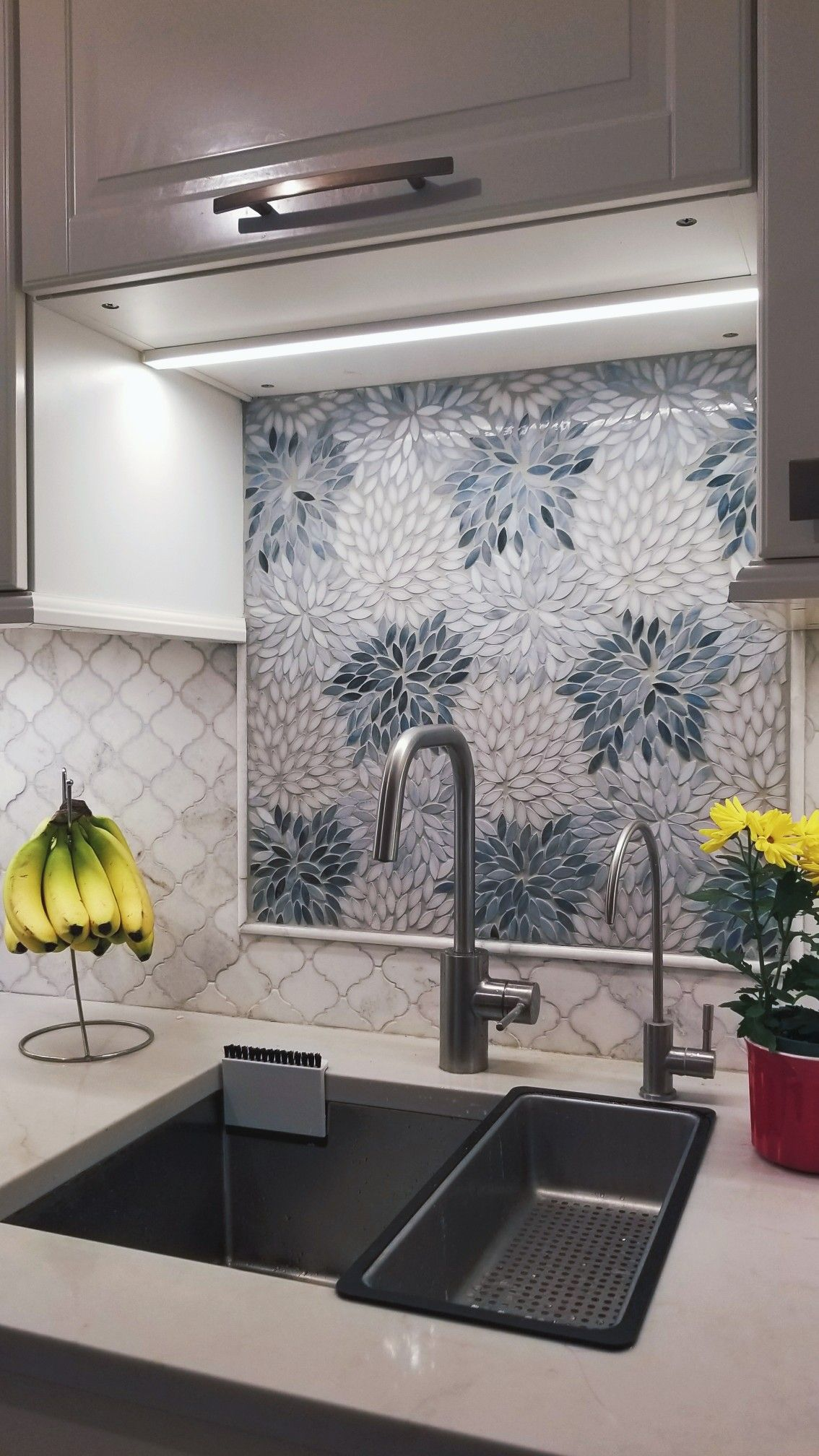 Arabesque Marble Tile Artistic Tile Estrella Grey Blend Backsplash Design With Arabesque