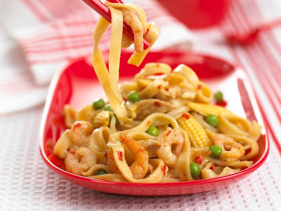 Chinese chicken noodles chicken noodle recipes chinese chicken chinese chicken noodles toddler recipestoddler foodkid forumfinder Gallery