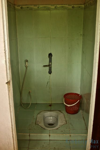 Vietnam Hotel Bathroom Toilet Toilets Around The