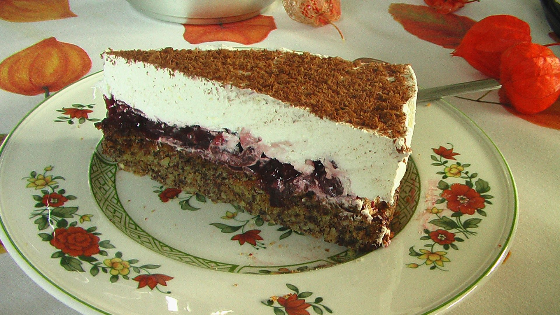 Cherry Cake with Cream and Hazelnuts without flour
