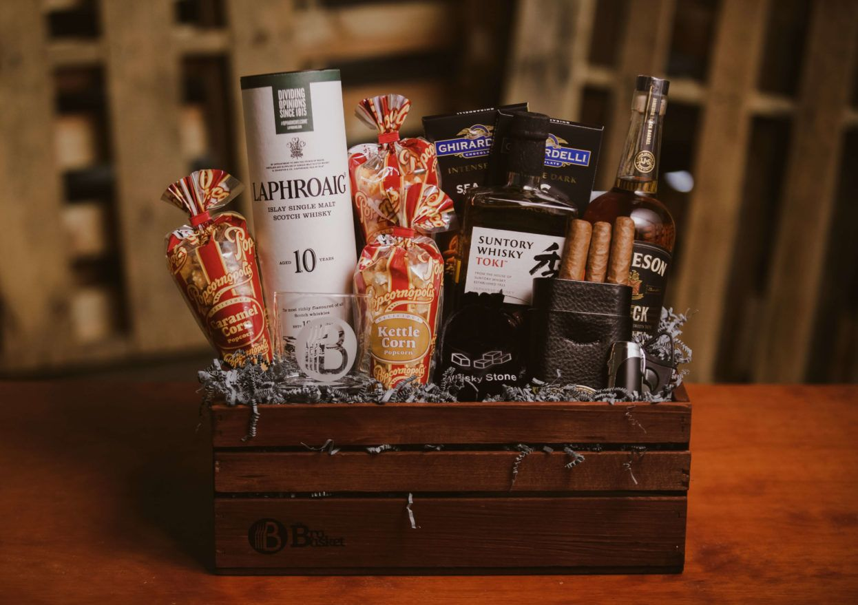 Best wine gift baskets for men fast delivery whiskey